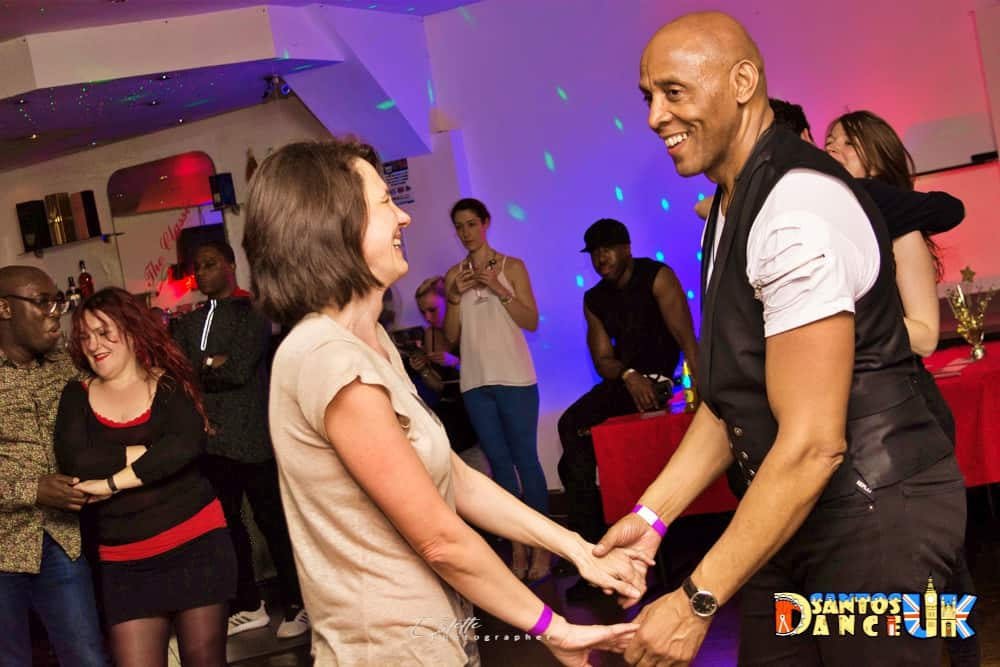 Students dancing bachata at Rhythm and Vibes Dance school in Tooting